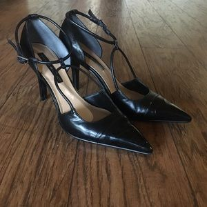 Bandolino Pointed Toe Heels